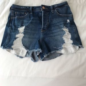 Hollister High Rise Boyfriend Short